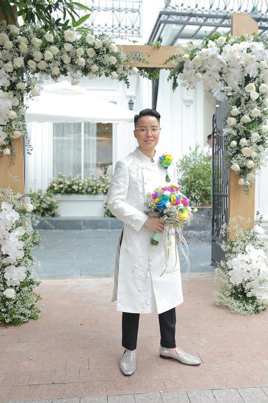 Sau đám cưới cổ tích, doanh nhân chuyển giới tiết lộ về màn cầu hôn cực kì giản dị - Ảnh 11.