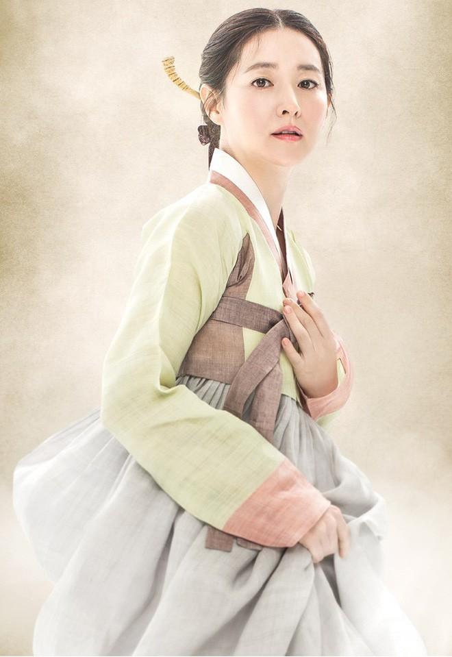 Cuộc đời lẫy lừng của nữ danh họa tài hoa bậc nhất, được in hình lên tờ tiền mệnh giá cao nhất của Hàn Quốc - Ảnh 5.