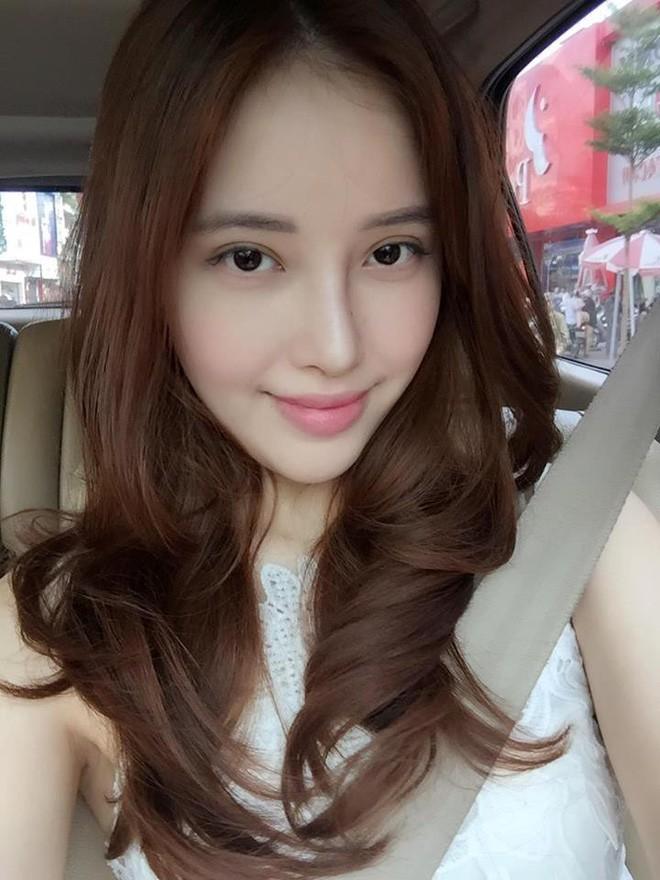 4 cô em gái xinh đẹp của các nàng Hoa hậu Việt: Người kín tiếng với cuộc sống gia đình, người giàu có, kém duyên với cuộc thi nhan sắc - Ảnh 11.