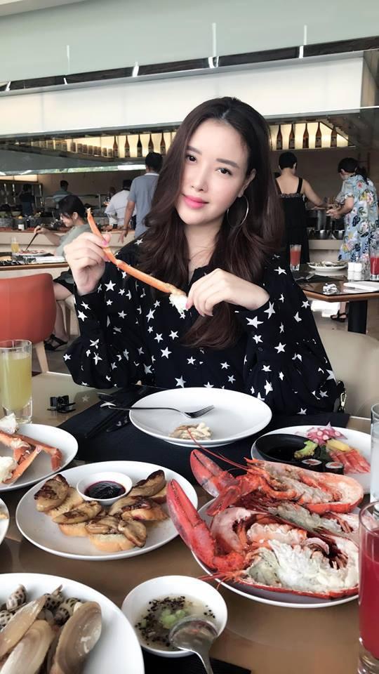4 cô em gái xinh đẹp của các nàng Hoa hậu Việt: Người kín tiếng với cuộc sống gia đình, người giàu có, kém duyên với cuộc thi nhan sắc - Ảnh 15.