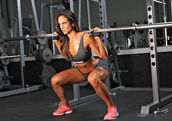 Giảm 40kg trong 9 tháng, cô gái 100kg đã chăm chỉ tập những bài tập này, ai muốn giảm cân cũng nên tham khảo - Ảnh 3.