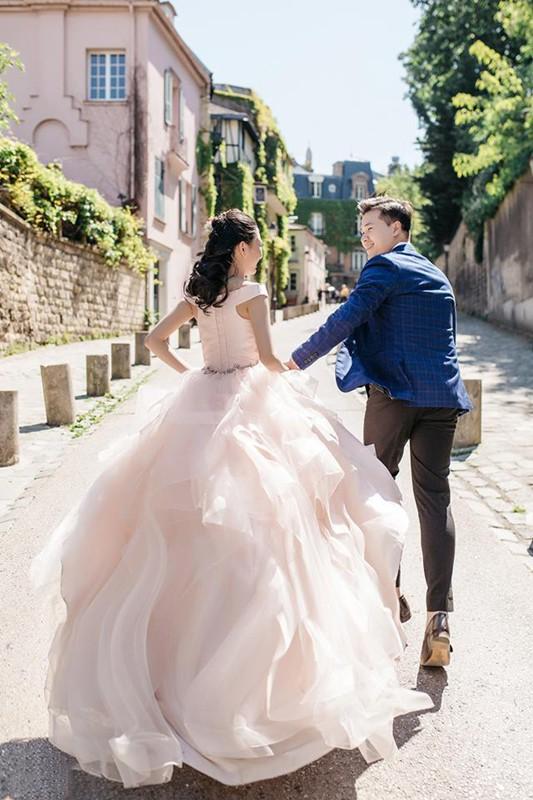 Chàng bác sỹ chi khoản tiền lớn đưa người yêu sang Pháp chụp ảnh cưới chỉ vì đó là mơ ước của em - Ảnh 4.