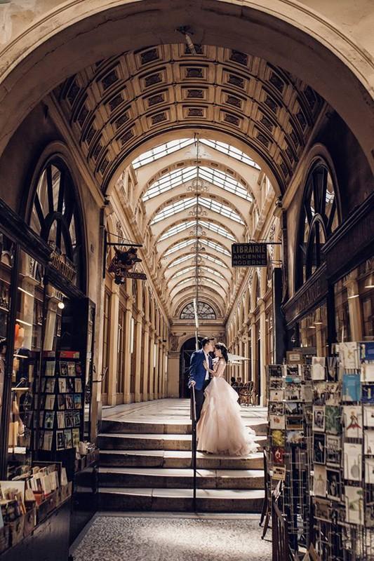 Chàng bác sỹ chi khoản tiền lớn đưa người yêu sang Pháp chụp ảnh cưới chỉ vì đó là mơ ước của em - Ảnh 12.