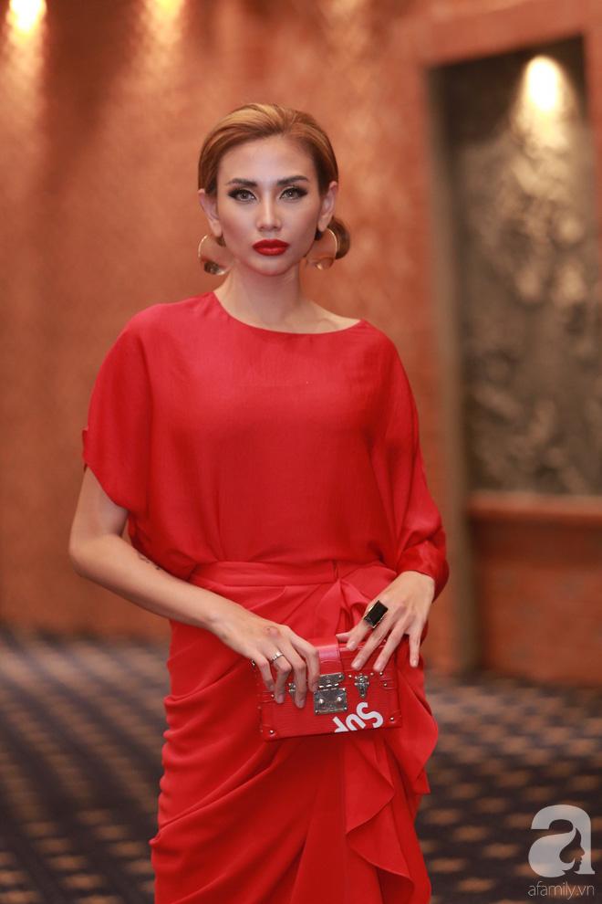 Minh Hằng ăn diện đã ổn hơn nhưng vẫn lép vế khi so vai Thanh Hằng, Võ Hoàng Yến trong buổi casting The Face Hà Nội - Ảnh 8.