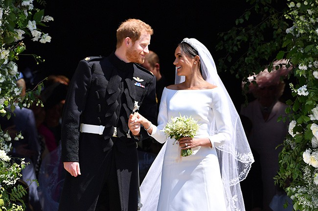 Điều gì sẽ xảy ra khi Công nương Meghan sinh cho Hoàng tử Harry một bé gái? - Ảnh 2.