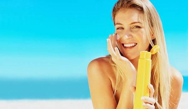 Những tác dụng phụ của kem chống nắng khiến ai cũng giật mình và cách giải quyết mà bạn nên biết - Ảnh 2.