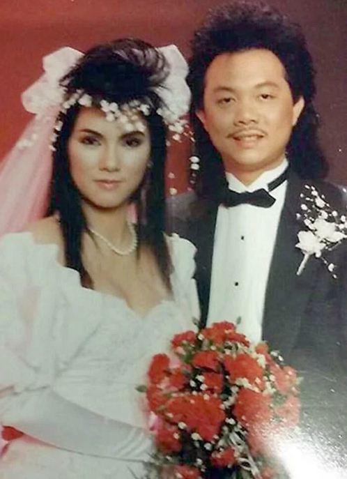 Ngắm loạt ảnh cưới những năm 80 - 90, bạn có nhận ra đây là sao Việt nào? - Ảnh 1.
