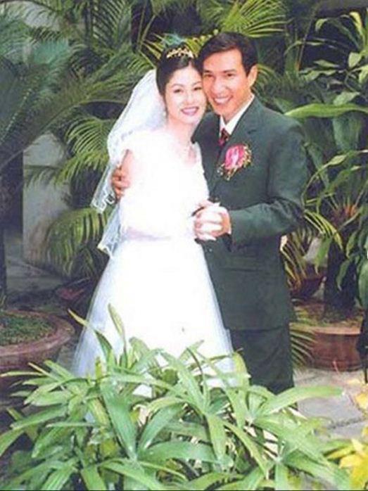 Ngắm loạt ảnh cưới những năm 80 - 90, bạn có nhận ra đây là sao Việt nào? - Ảnh 11.