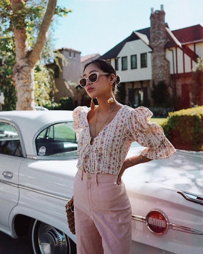 Bạn có thể trở nên cool như các IT girl, fashion blogger chỉ với 4 bí quyết ăn mặc đơn giản này - Ảnh 7.
