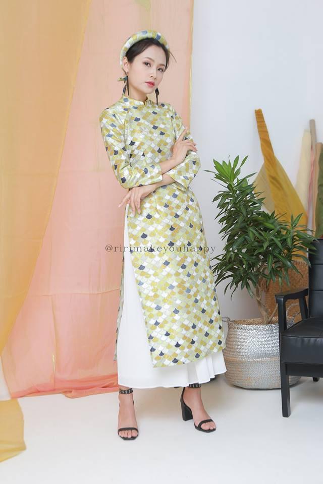 Còn đúng 1 tháng nữa là Tết, và đây là 7 mẫu áo dài cách tân đẹp duyên nhất cho nàng diện trong Tết này - Ảnh 15.