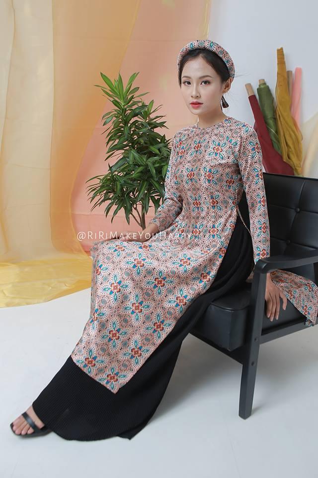 Còn đúng 1 tháng nữa là Tết, và đây là 7 mẫu áo dài cách tân đẹp duyên nhất cho nàng diện trong Tết này - Ảnh 16.