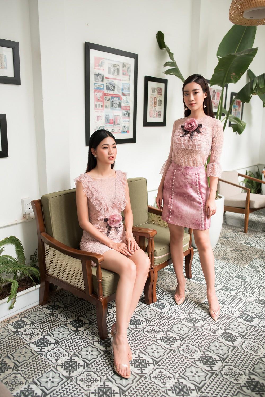 Hoa hậu Mỹ Linh, Á hậu Thanh Tú đốn gục trái tim mọi chàng trai với bộ ảnh ngọt ngào, nữ tính - Ảnh 3.