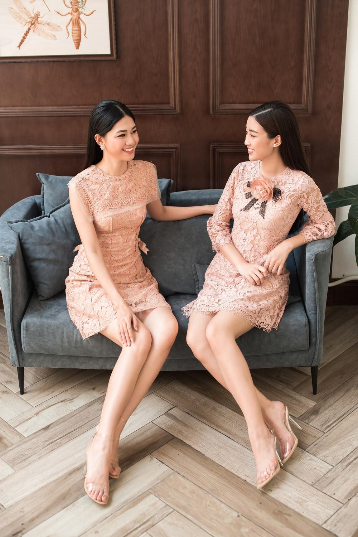 Hoa hậu Mỹ Linh, Á hậu Thanh Tú đốn gục trái tim mọi chàng trai với bộ ảnh ngọt ngào, nữ tính - Ảnh 11.