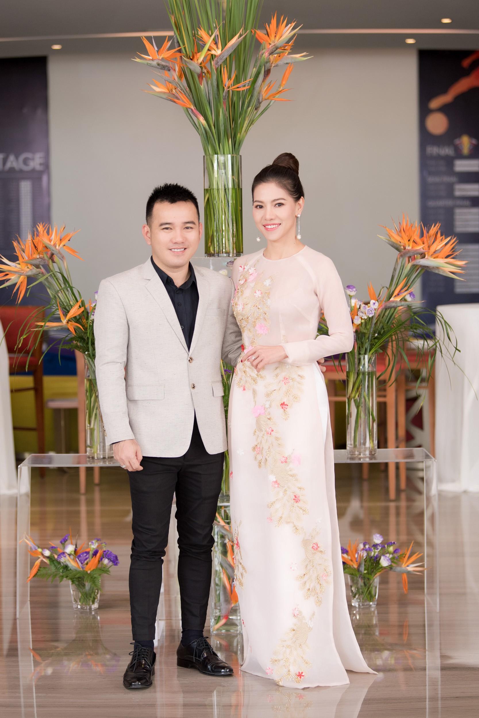 Hoa hậu Việt Nam 2018 mời bác sĩ nha khoa, nhân trắc học nhiều lần tránh để lọt thí sinh phẫu thuật thẩm mỹ - Ảnh 3.