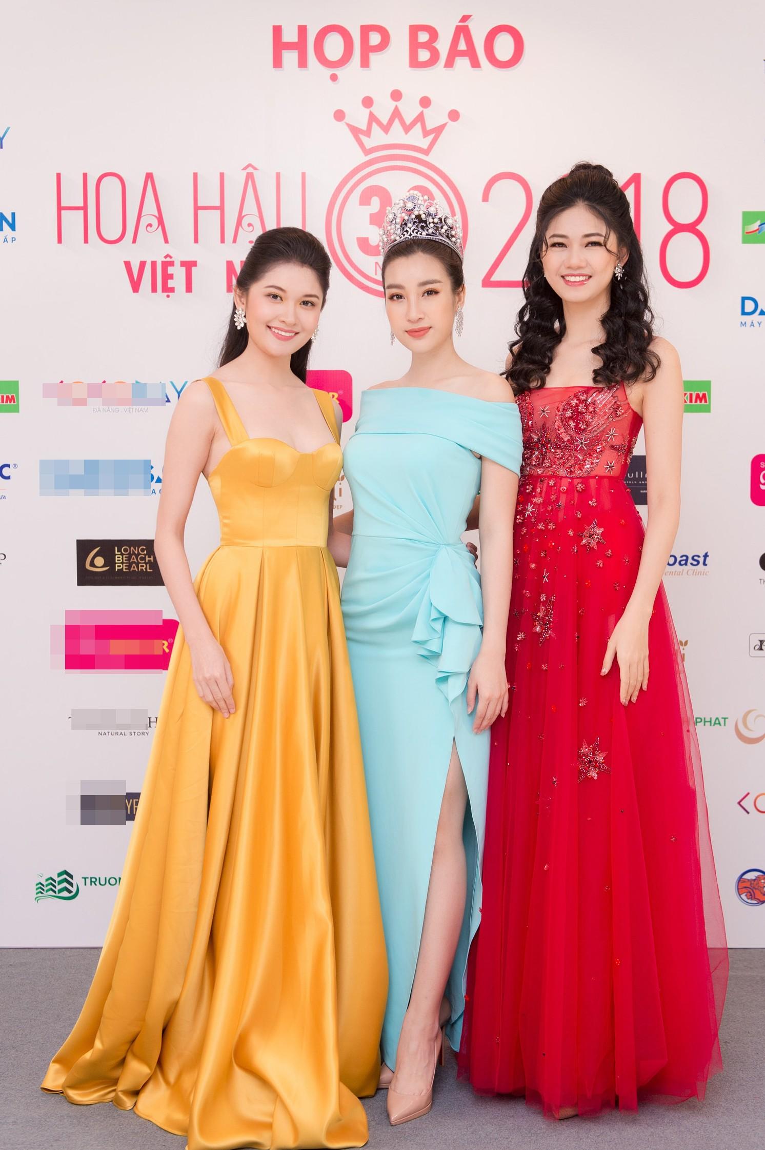 Hoa hậu Việt Nam 2018 mời bác sĩ nha khoa, nhân trắc học nhiều lần tránh để lọt thí sinh phẫu thuật thẩm mỹ - Ảnh 1.