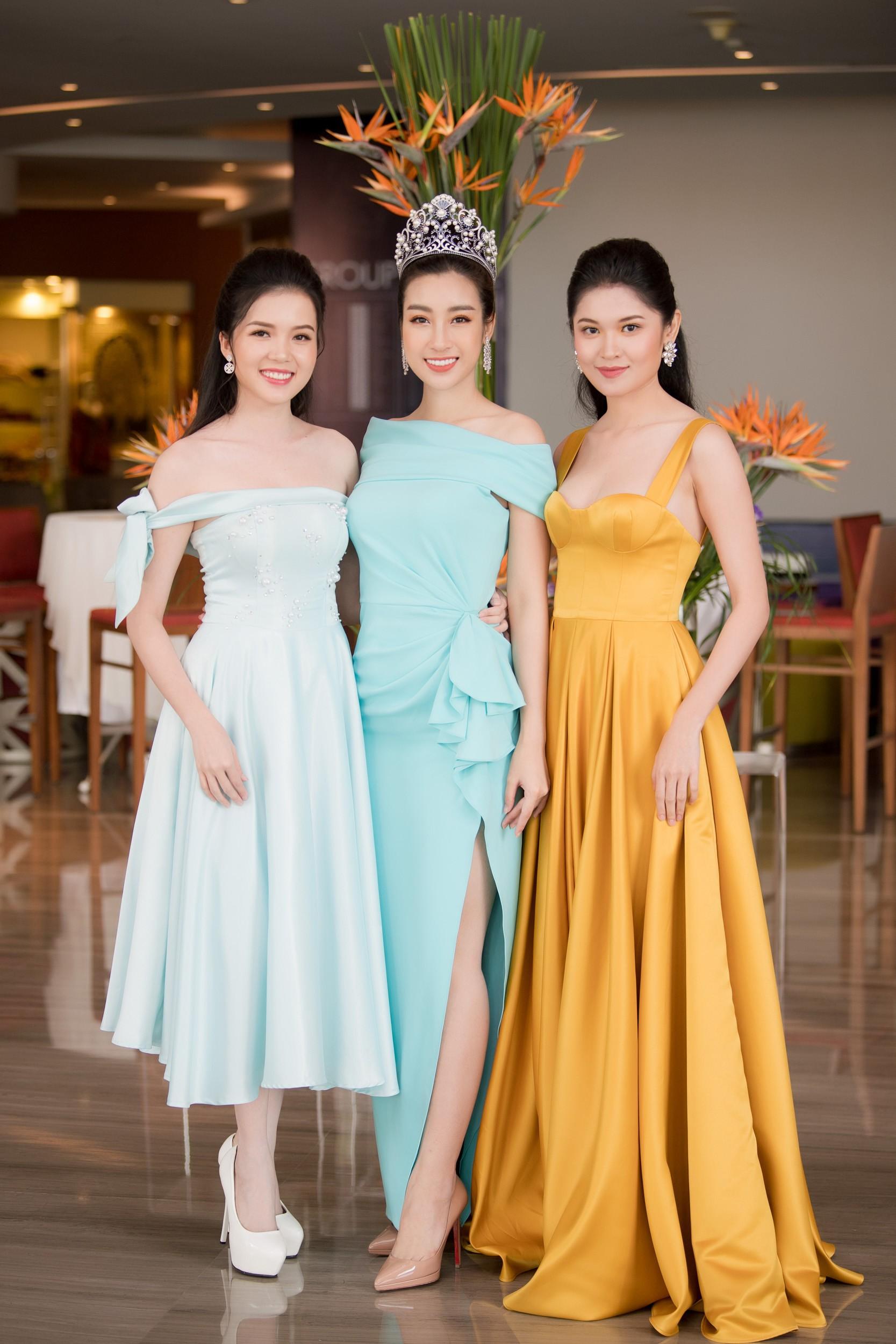 Hoa hậu Việt Nam 2018 mời bác sĩ nha khoa, nhân trắc học nhiều lần tránh để lọt thí sinh phẫu thuật thẩm mỹ - Ảnh 5.