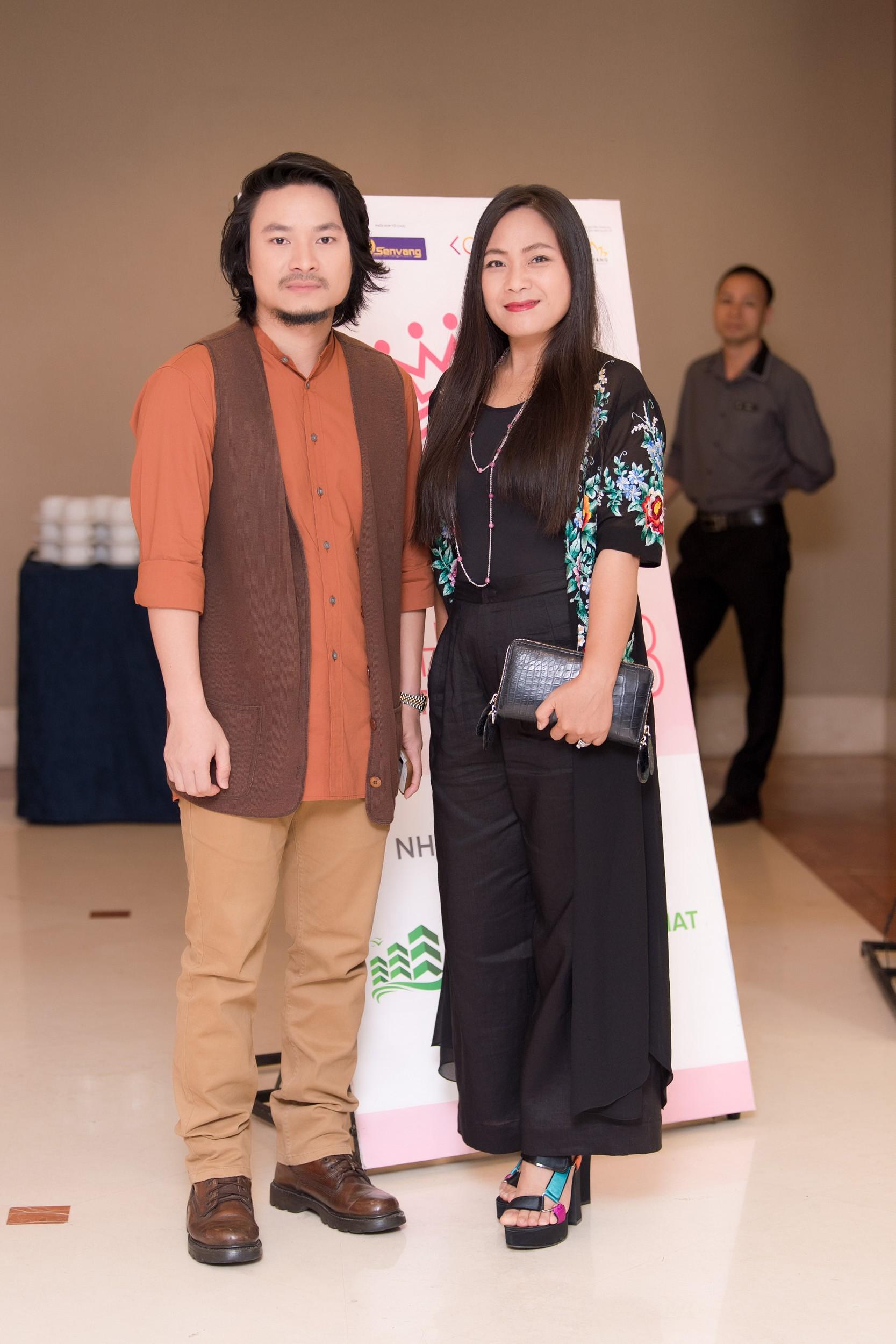 Hoa hậu Việt Nam 2018 mời bác sĩ nha khoa, nhân trắc học nhiều lần tránh để lọt thí sinh phẫu thuật thẩm mỹ - Ảnh 4.