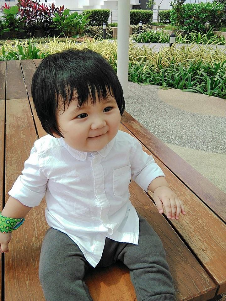 Mẹ đi đâu, con đu theo đấy - Bộ ảnh mẹ Việt chia sẻ khiến hàng nghìn mẹ có con nhỏ đồng cảm - Ảnh 12.