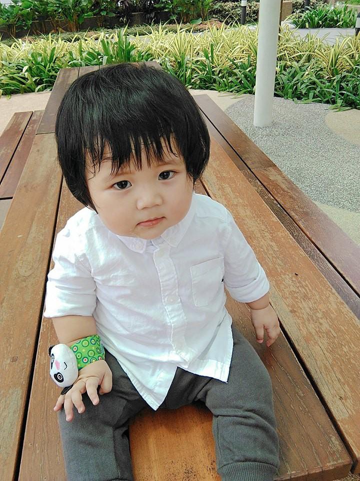 Mẹ đi đâu, con đu theo đấy - Bộ ảnh mẹ Việt chia sẻ khiến hàng nghìn mẹ có con nhỏ đồng cảm - Ảnh 13.