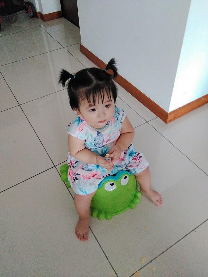 Mẹ đi đâu, con đu theo đấy - Bộ ảnh mẹ Việt chia sẻ khiến hàng nghìn mẹ có con nhỏ đồng cảm - Ảnh 6.