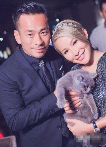 Chi gần 8 ngàn tỷ ly hôn vợ để đến với bồ nhí, tỷ phú Hồng Kông vẫn tranh thủ cặp kè thêm mẫu nữ Nhật Bản nóng bỏng - Ảnh 2.