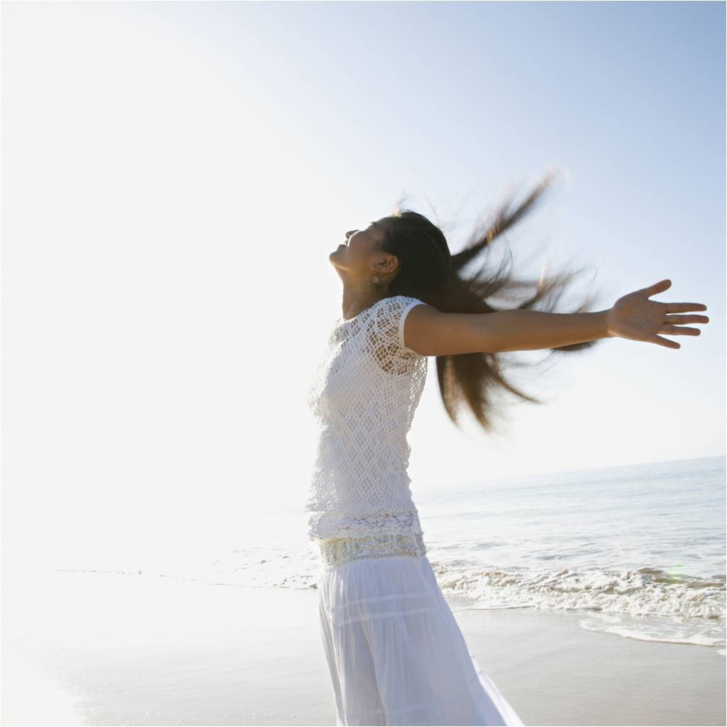 Biết 3 lý do này tất cả chị em từ già đến trẻ sẽ lập tức tìm cách bổ sung vitamin D cho mình ngay - Ảnh 1.