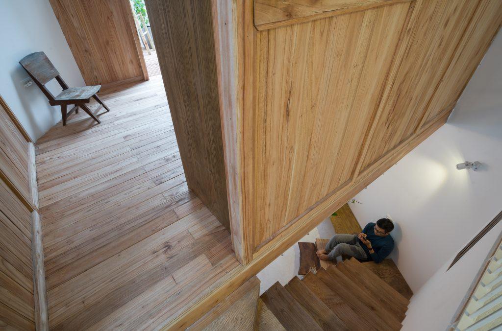 Ngôi nhà 30m² ở Tây Hồ, Hà Nội cho thấy: Khi hiện đại gặp xưa cũ sẽ tạo nên điều vô cùng kì diệu - Ảnh 8.