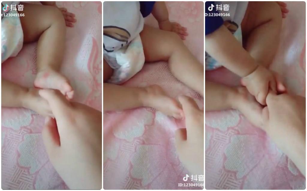 Khi bé bị mẩn ngứa, chẳng phương thuốc nào công hiệu bằng bàn tay mẹ - đoạn clip triệu view khiến ai cũng bật cười - Ảnh 2.
