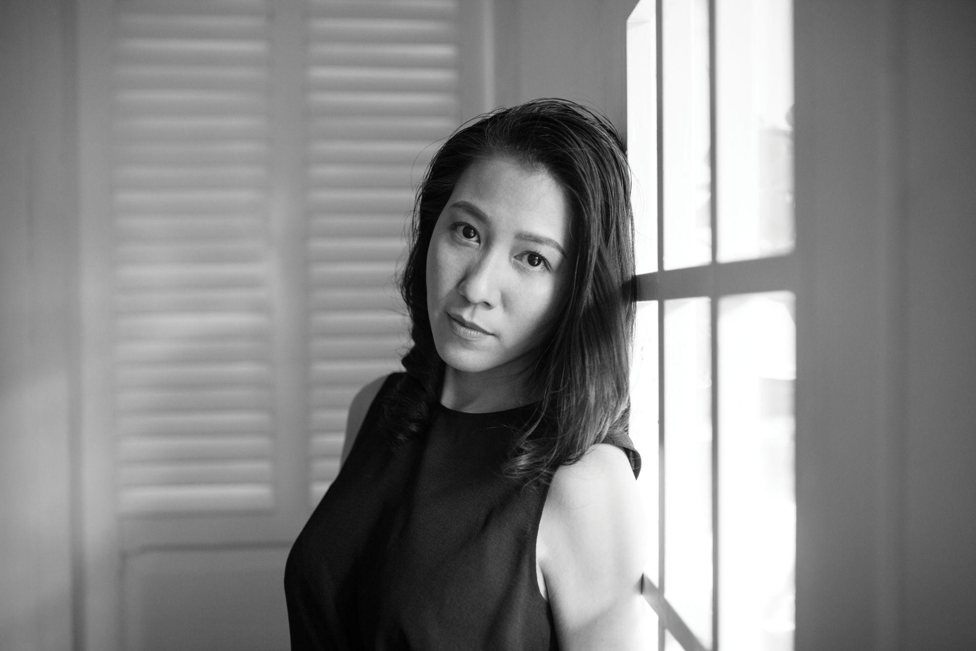 2 tháng sau scandal gạ tình của Phạm Anh Khoa, Phạm Lịch bất ngờ tố bà xã nam ca sĩ lật như lật bánh tráng - Ảnh 2.