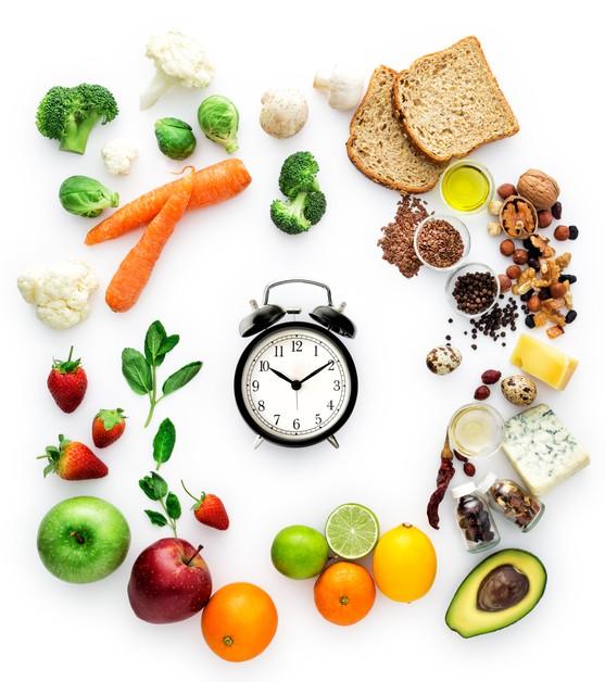 Chỉ trong 4 tuần nhịn ăn theo cách đơn giản mà người phụ nữ này đã giảm hẳn 4kg và hết luôn hội chứng ruột kích thích - Ảnh 3.