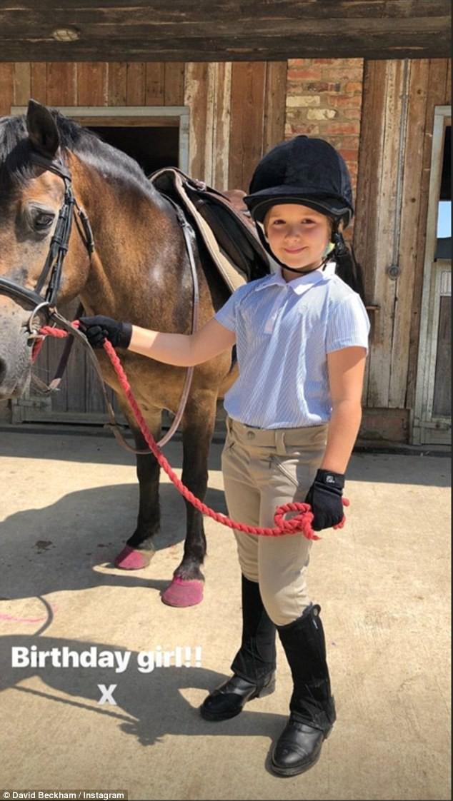Công chúa nhỏ  Harper của nhà Beckham đón sinh nhật lần thứ 7 vô cùng hoành tráng bên bố mẹ  - Ảnh 1.