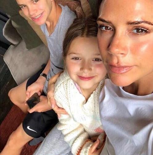 Công chúa nhỏ  Harper của nhà Beckham đón sinh nhật lần thứ 7 vô cùng hoành tráng bên bố mẹ  - Ảnh 3.