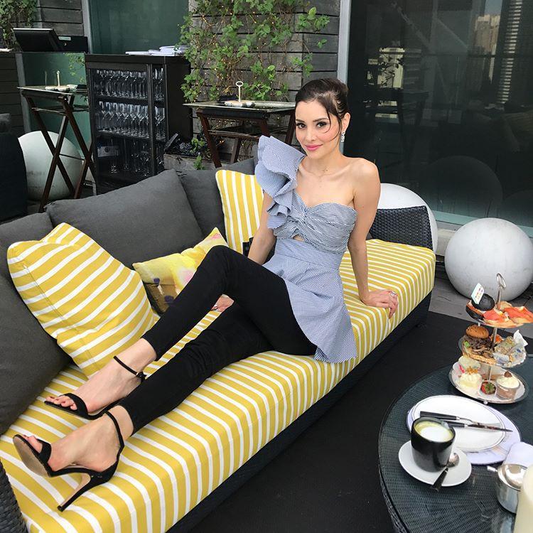 Sau 10 năm làm vợ của tỷ phú xấu xí, giàu khét tiếng Hong Kong, nàng siêu mẫu vẫn sống như bà hoàng trong nhung lụa  - Ảnh 19.