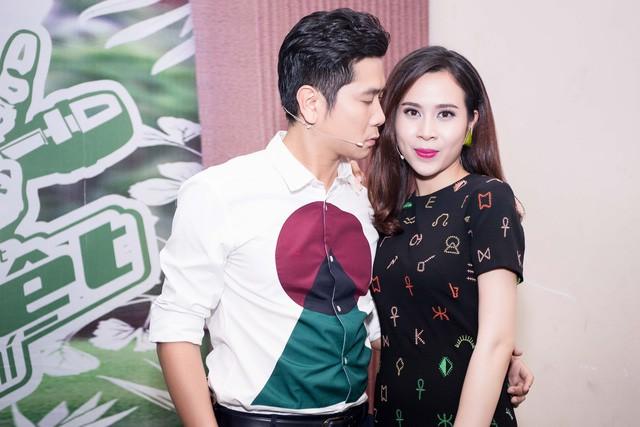 The Voice Kids quay lại, Hồ Hoài Anh - Lưu Hương Giang là cặp đôi đầu tiên ngồi ghế nóng  - Ảnh 2.