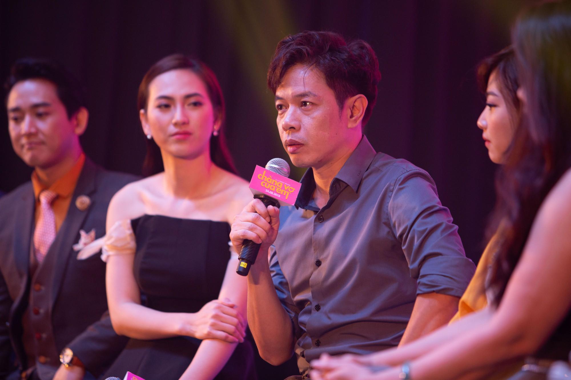 Thái Hòa gây cười không ngớt khi kể chuyện đã khỏa thân hơn 1 ngày trước đám đông  - Ảnh 2.