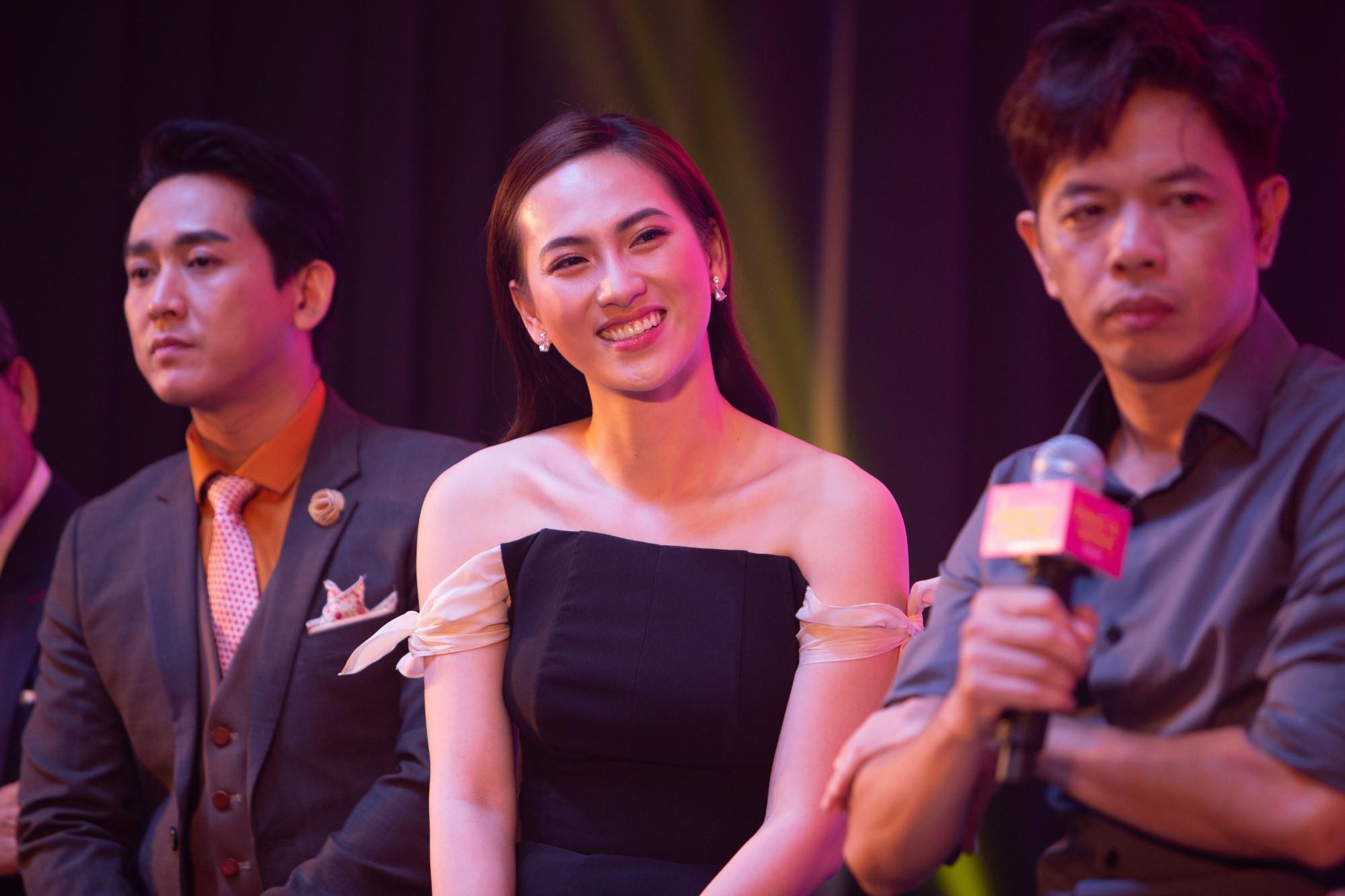 Thái Hòa gây cười không ngớt khi kể chuyện đã khỏa thân hơn 1 ngày trước đám đông  - Ảnh 3.