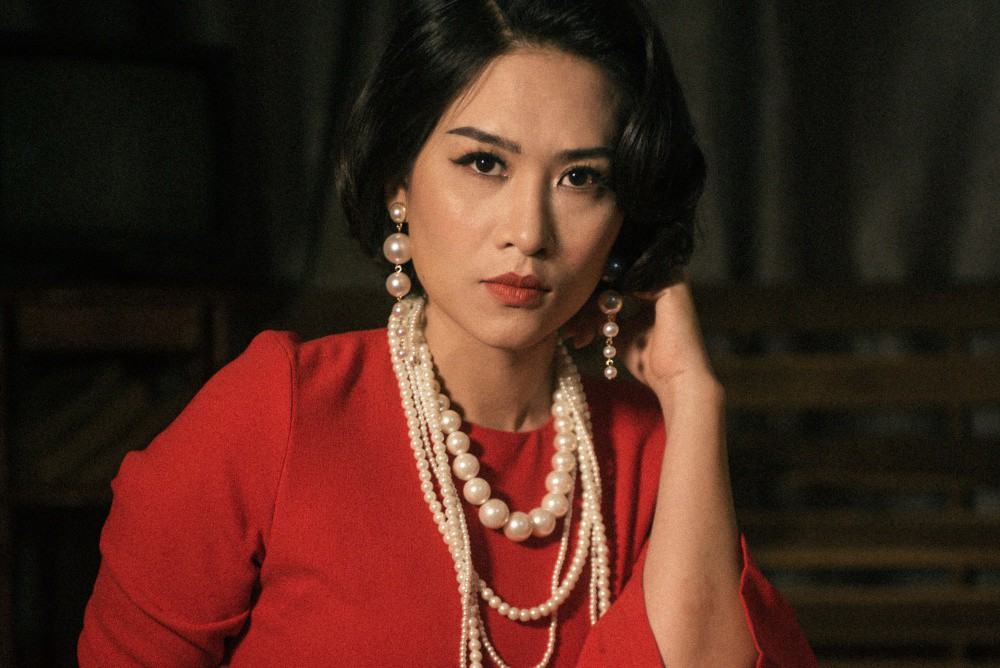 Chị Nguyệt thảo mai Hà Hương sang chảnh hóa minh tinh màn bạc  - Ảnh 2.