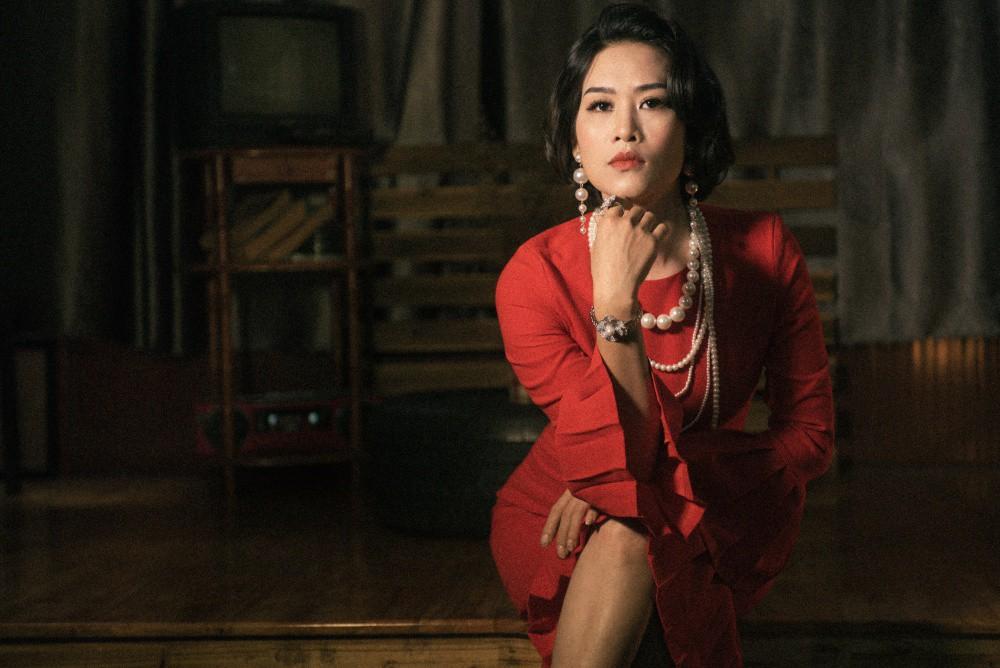 Chị Nguyệt thảo mai Hà Hương sang chảnh hóa minh tinh màn bạc  - Ảnh 3.
