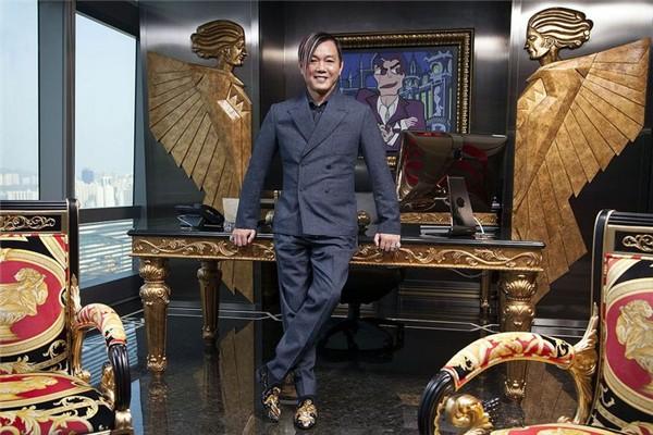 Sau 10 năm làm vợ của tỷ phú xấu xí, giàu khét tiếng Hong Kong, nàng siêu mẫu vẫn sống như bà hoàng trong nhung lụa  - Ảnh 4.