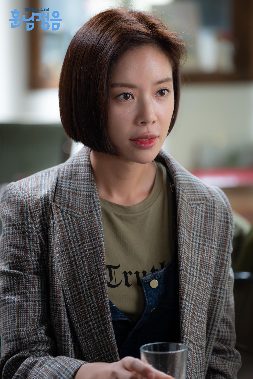 Những thỏi son đang được sao Hàn dùng nhiệt tình trong loạt phim hot hit gần đây - Ảnh 14.