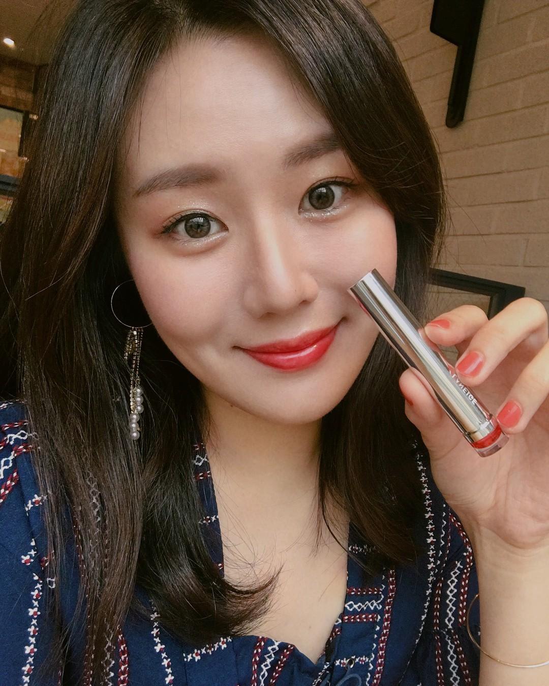 Những thỏi son đang được sao Hàn dùng nhiệt tình trong loạt phim hot hit gần đây - Ảnh 3.