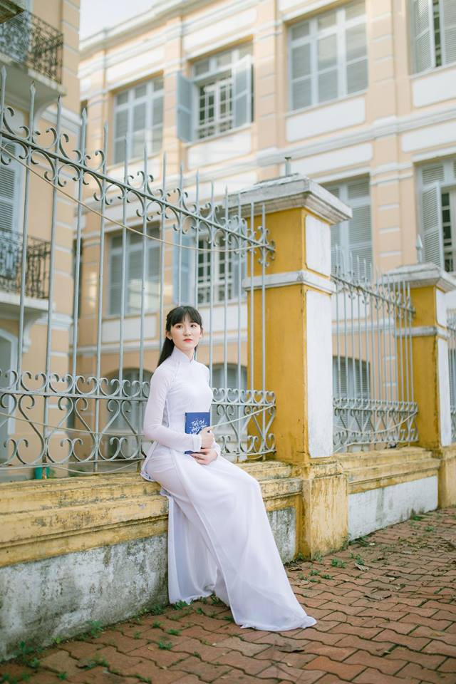 Thế hệ mỹ nhân 10x thi Hoa hậu Việt Nam 2018: Toàn nữ sinh vừa thi tốt nghiệp, xinh đẹp và sở hữu thành tích ấn tượng - Ảnh 22.