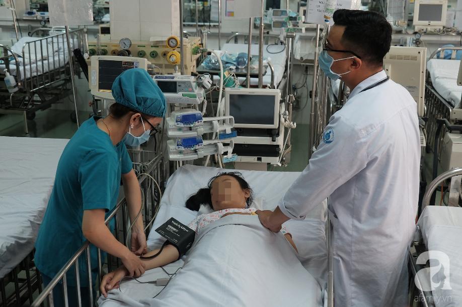 Long An: Bé gái 13 tuổi ói ra máu ồ ạt, tính mạng bị đe dọa vì căn bệnh rất hiểm - ảnh 1