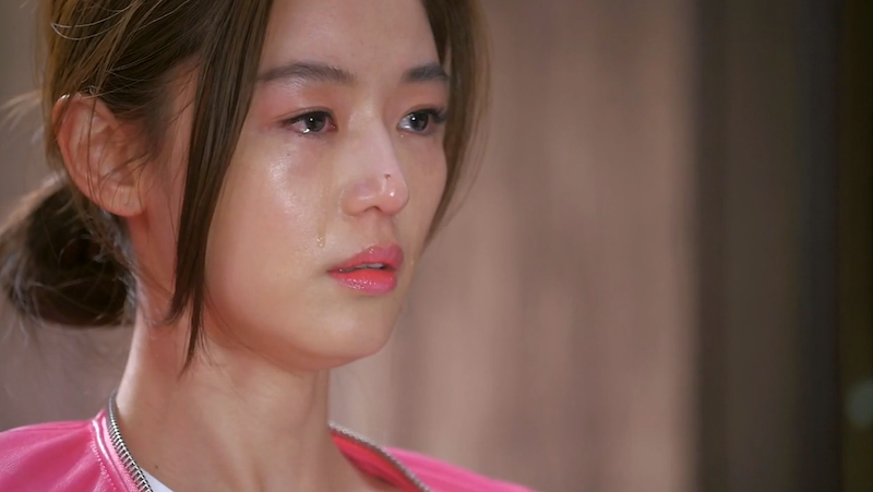 song-yi-cry-153145319732184617651.png