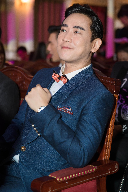 Hứa Vĩ Văn hóa quý ông lịch lãm, Hoa hậu Diệu Linh diện đầm độc nổi bật  - Ảnh 4.