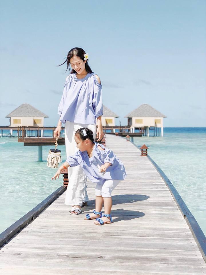 Nàng Hoa hậu người Việt tại Mỹ chia sẻ bí quyết dù con bé tí hin vẫn cùng chồng đi thiên đường tình yêu Maldives lãng mạn - Ảnh 2.