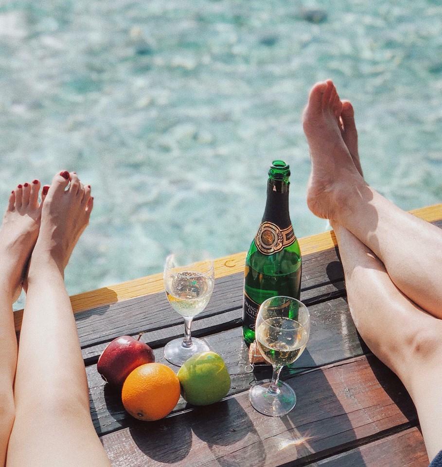 Nàng Hoa hậu người Việt tại Mỹ chia sẻ bí quyết dù con bé tí hin vẫn cùng chồng đi thiên đường tình yêu Maldives lãng mạn - Ảnh 18.