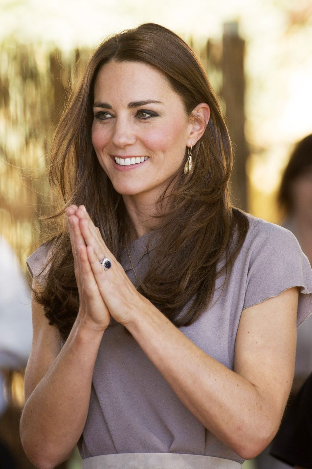 duchess-of-cambridge-vogue-5-23apr14-rex-b