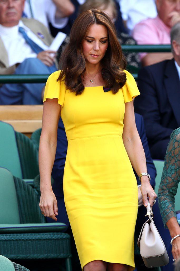 Học theo Kate Middleton và Meghan Markle, các người đẹp Việt cũng đua nhau diện gam màu vàng tươi nắng hè - Ảnh 2.