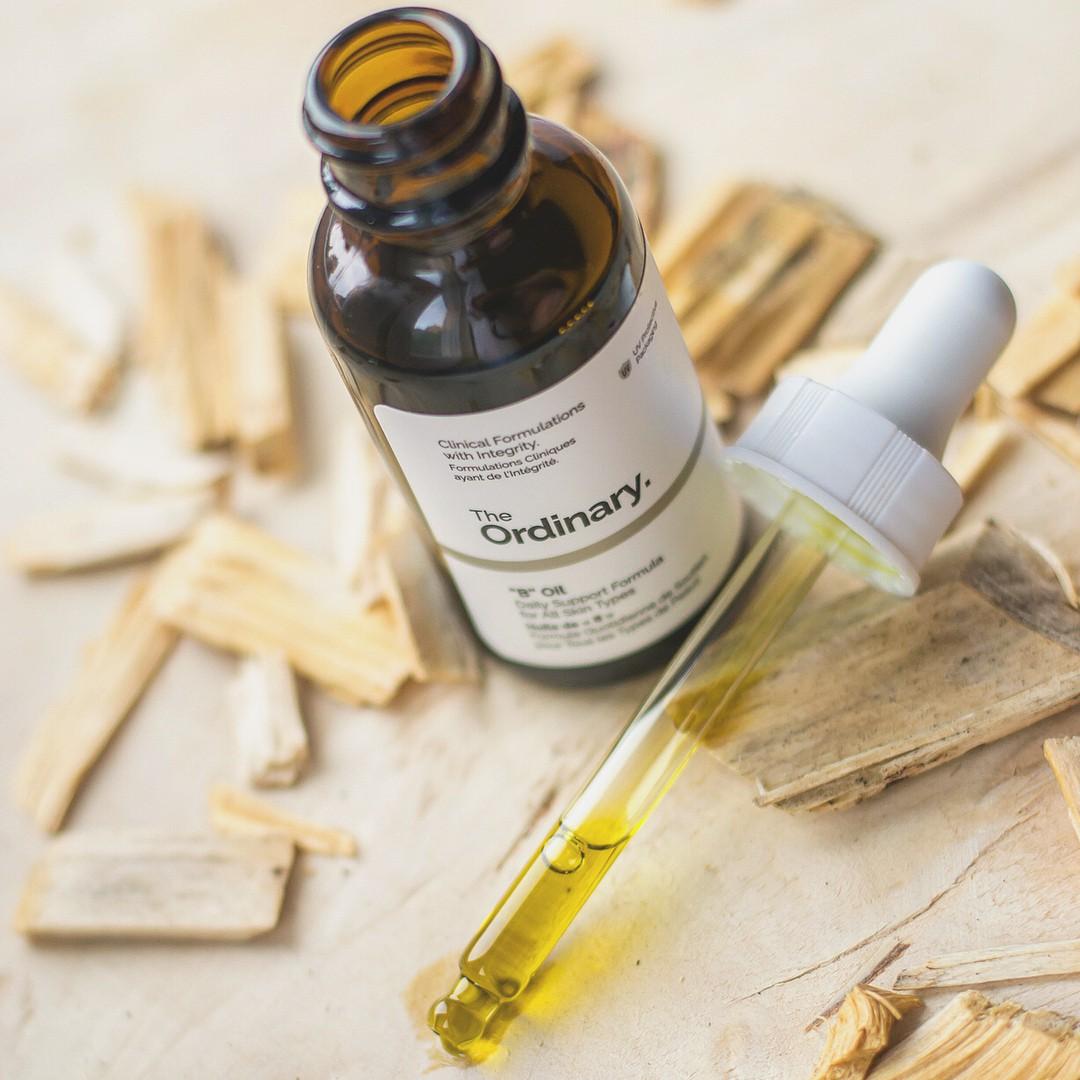 Biết loạt công dụng tuyệt diệu của dầu dưỡng, bạn sẽ muốn thêm ngay vào quy trình chăm sóc da hàng ngày  - Ảnh 1.
